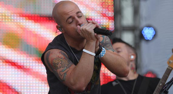 Daughtry Lines Up Tour Dates on Success of Debut Album