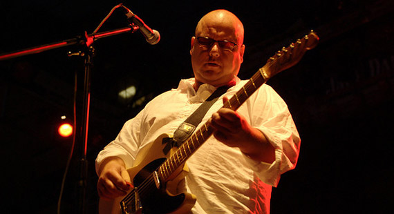 Frank Black Heads Out on Winter Club Tour in February