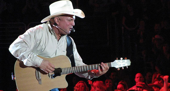 Garth Brooks Reveals 2014 World Tour with Trisha Yearwood in the Works