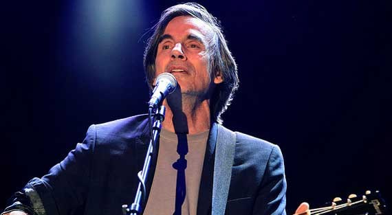 Jackson Browne Takes Acoustic West Coast Swing in 2013