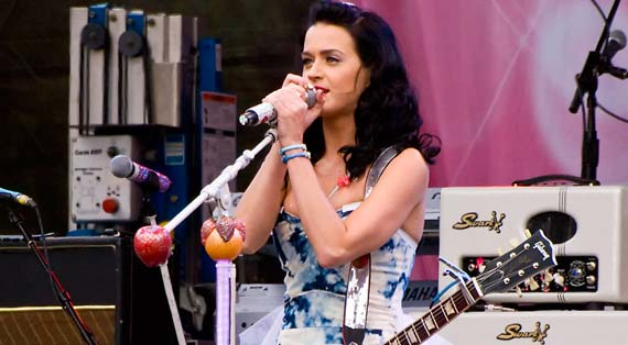 Katy Perry to Play Free Concert in Los Angeles to End Tour