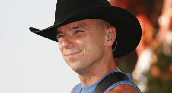 Kenny Chesney Brings Free Con