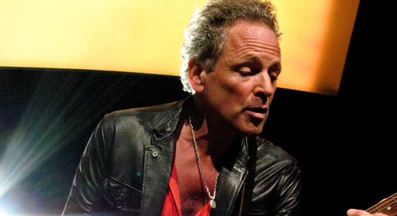 Lindsey Buckingham to Tour Behind New Album This Fall