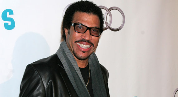 Lionel Richie Caps 2012 with European Tour