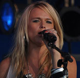Miranda Lambert Juices Up Summer Tour with 21 Additional Dates