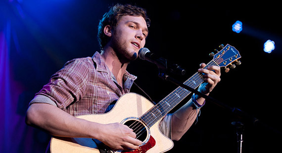 Phillip Phillips Bests Jessica Sanchez for American Idol Crown