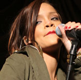 Laryngitis Forces Rihanna to Cancel Baltimore, Boston Concerts
