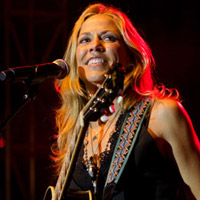 Sheryl Crow Embarks on Summer Tour