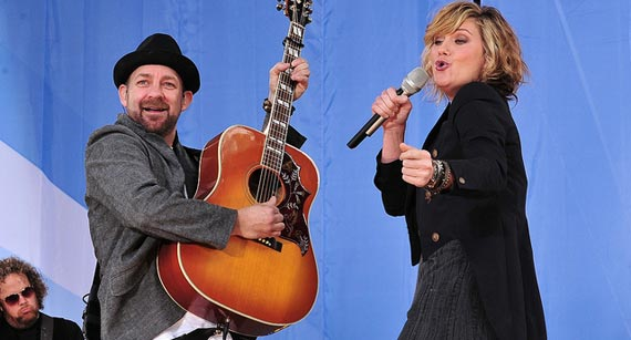 Sugarland Dazzles at Brooks & Dunn Tribute Show
