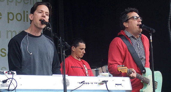 They Might Be Giants: A Template for Rising Indie-Rock Groups