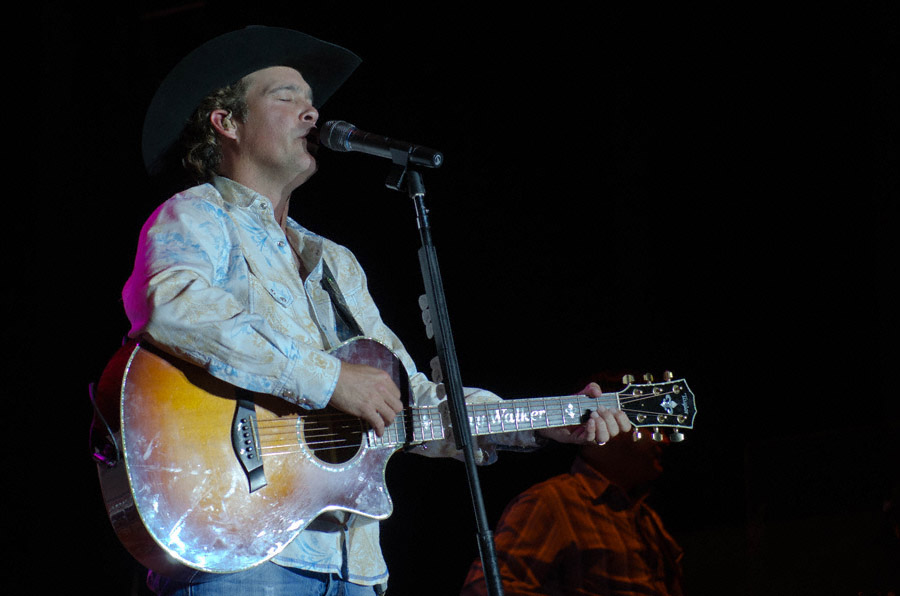 Clay Walker at Toadlick Music Festival